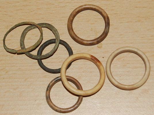 (Gordijn) Ringetjes van been en metaal