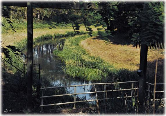 Verschiedene Bäche, kleinere Kanäle & Wassergräben versorgen den Kanal mit Wasser