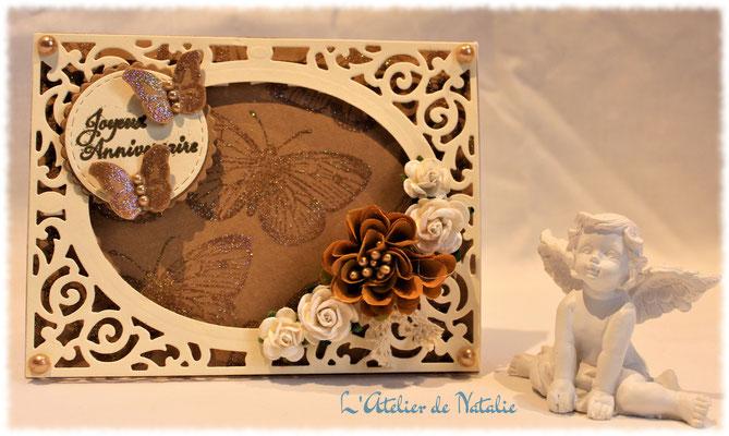 Carte Anniversaire papillons et fleurs beige et marron