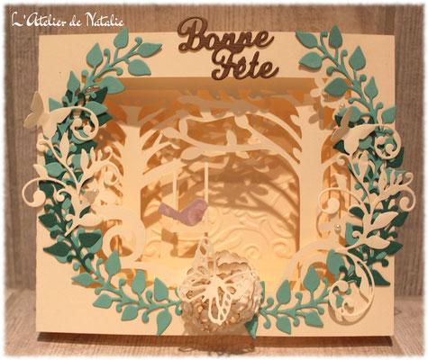 Carte bonne fete 3D ivoire et vert avec feuillage papillons et fleurs