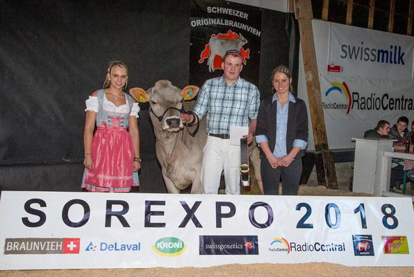 SOR Expo Zug, BesterVorführer mit Ehrendame und Richterin
