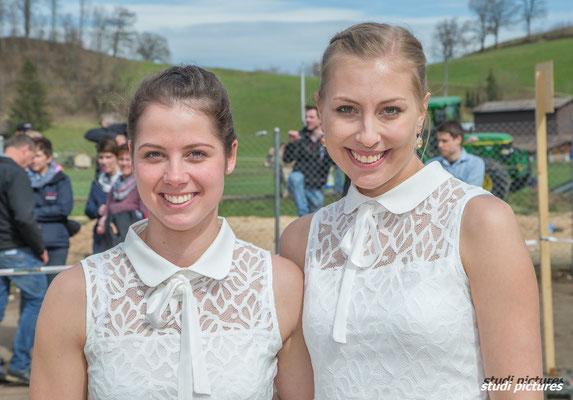 Ehrendamen Anita Krummenacher und Braunviehkönigin Patrizia