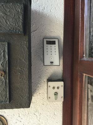 Elektronisches Türschloss für zuhause hohe Sicherheit mit viel Komfort Montagebespiel_01
