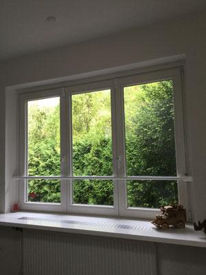 Fenster ohne zusätzliche Sicherungen gegen Einbruch sind für Einbrecher leicht zu überwinden