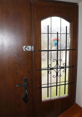 Fenstergitter mehr als nur Einbruchschutz gegen Einbrecher Montagebeispiel_01
