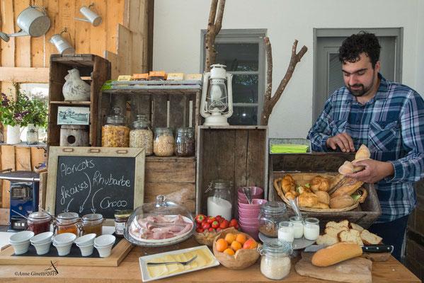 Les Chambres du Vivier, chambres d'hôtes à Durbuy, Ardenne - Petit déjeuner copieux et varié