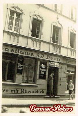 AK / Foto Gasthaus A. J. Denn in Koblenz - Emailschild / Hinterglasschild der Königsbacher Brauerei / Bräu