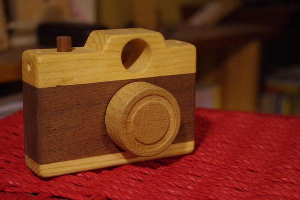 おもちゃのカメラ
