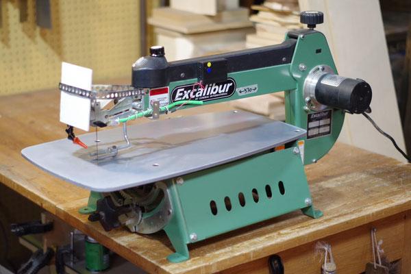 糸のこ盤 指導料1,000円(税込1,080円) 板厚50mmまで フトコロ長さ530mm