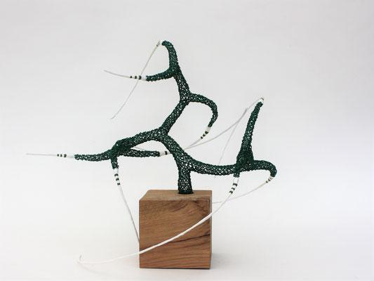30 cm de haut / fil de fer - soudures - bois