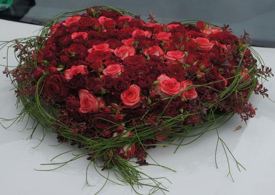 hochzeit g rtnerei klein blumen pflanzen floristik. Black Bedroom Furniture Sets. Home Design Ideas