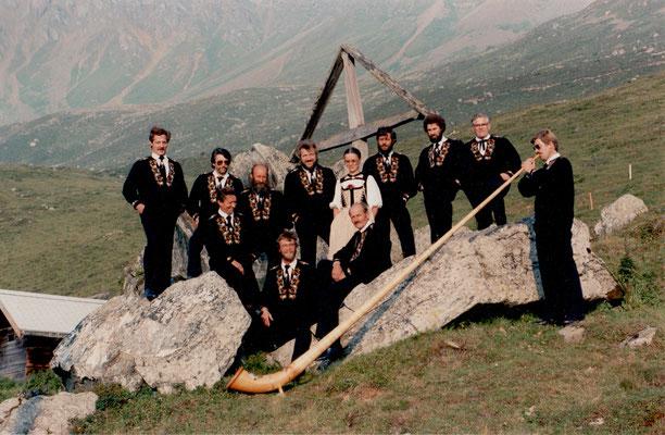bei Johann auf der Alp Scharmoin 1984