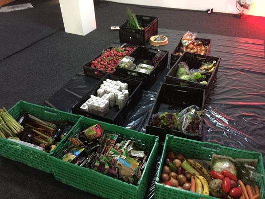 Foto: © Nicoleta Steffan_FOODSHARING. Lebensmittel retten? Ist das nicht total übertrieben?_depotLU