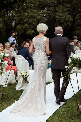 L'arrivo della sposa col padre