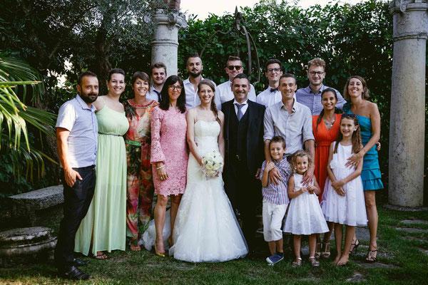 Foto di gruppo degli invitati