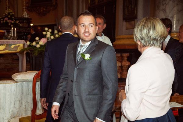 Lo sposo attende la sposa