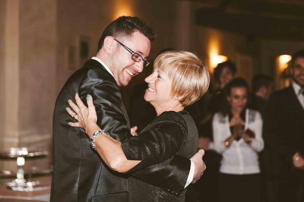 Il ballo dello sposo con la madre
