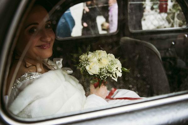 La sposa in auto