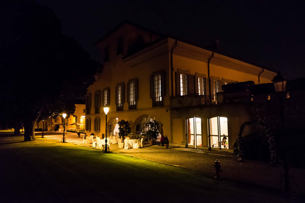 Villa Cavenago a Trezzo sull'Adda di sera