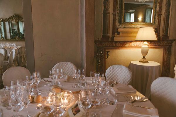 I tavoli per il ricevimento nuziale  a  Villa Toscanini