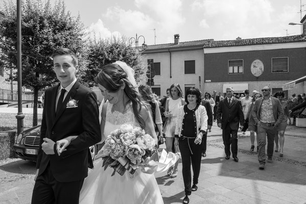 L'arrivo della sposa a piedi