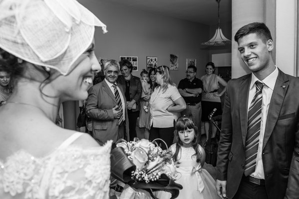 Gli invitati a casa della sposa