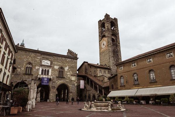 Piazza Vecchia a Città Alta a bergamo