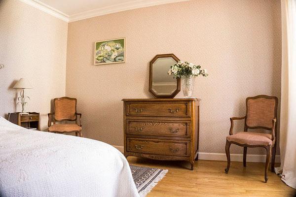Suite familiale Chambre d'hôte Sauvignon mobilier