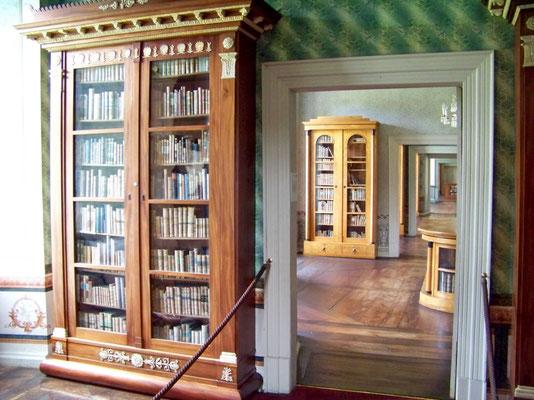Hoffmanns von Fallersleben war hier von 1860 bis zu seinem Tod 1874 Bibliothekar