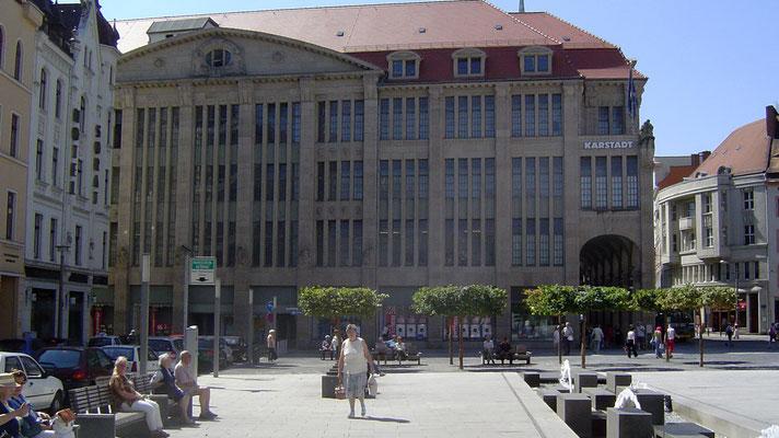 Das Kaufhaus in Görlitz - von außen eher unscheinbar