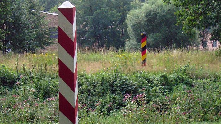 Damit man weiß, wo man gerade ist: Grenzmarkierungspfeiler