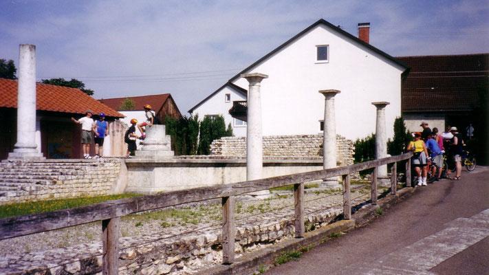 Reste eines Römertempels in Faimingen