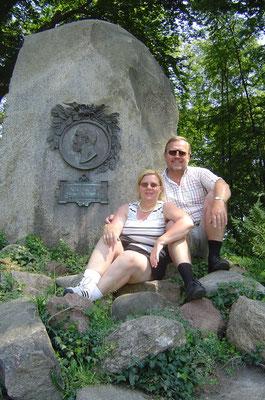 Am Grab derer von Arnim, die das Schloss später kauften