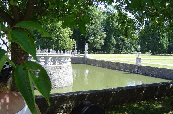 Letztmals ein Wasserschloss auf unserer Strecke, Schloss Vinsebeck ...