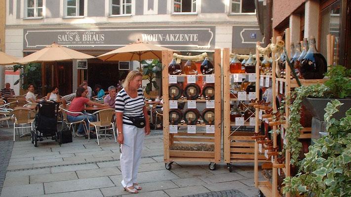 Bummel durch die schöne Fußgängerzone der Altstadt