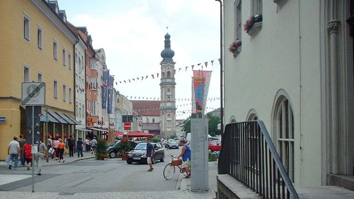 ... erreichen wir am Mittag Deggendorf.
