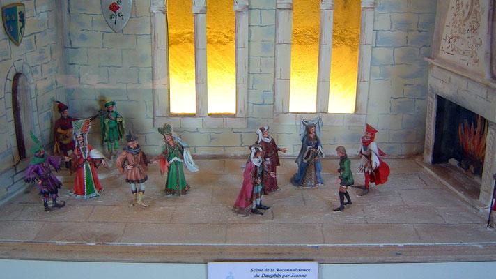 Im Eingangsbereich wieder eine Szene zur Geschichte der Burg, in der Jeanne d'Arc eine Rolle spielt