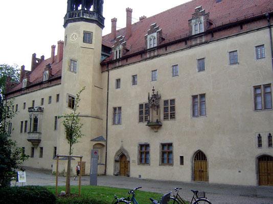 In einem Andenkengeschäft erfuhren wir dann auf Nachfrage, dass es immerhin ein Luthermuseum in der Stadt gäbe.