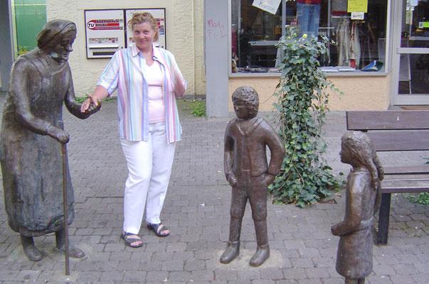 Durch Höxter führt auch die Deutsche Märchenstraße. So durfte ein Besuch bei Hänsel und Gretel nicht fehlen.