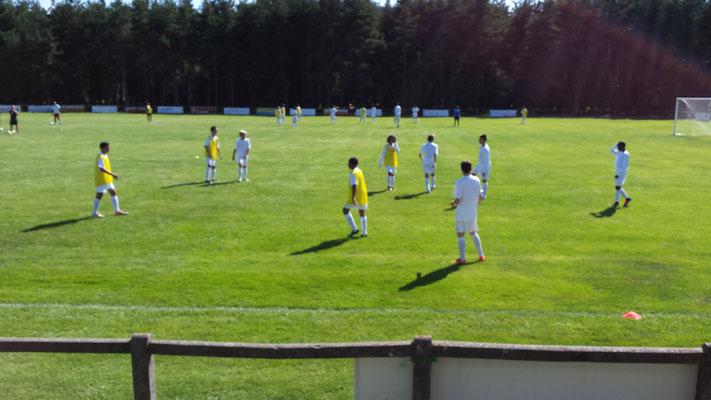 terrain de foot, stage de foot, stage sportif, Centre La Margeride, Saugues, Auvergne