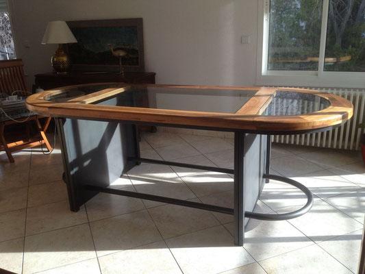 Table sur mesure bois metal et verre