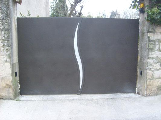 Remplacent d'un portail en fer