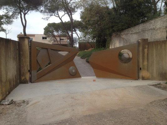 pose de portail à ouverture 2 vantaux battants motorisés