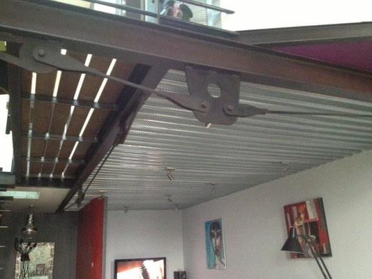 habiller un plafond en metal