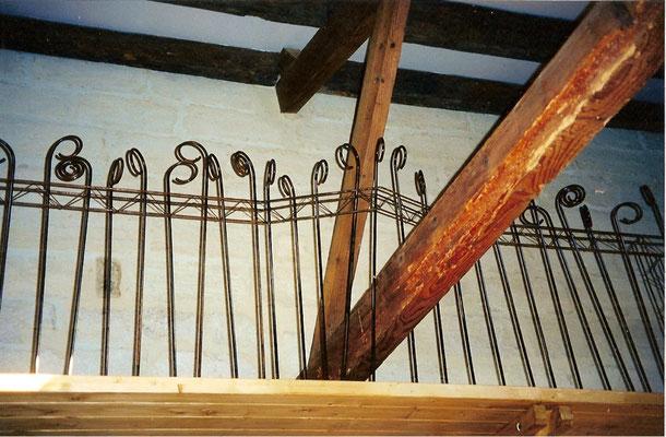 fabrication sur mesure d'un garde-corps sur mesure en fer forgé style note musique à nimes