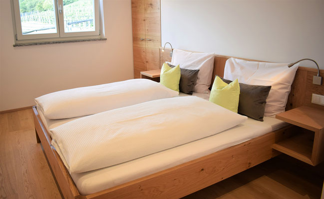 appartamento Rosa camera da letto 1