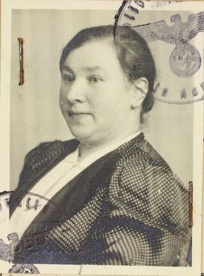 Getrud Sommer, Ernst Sommers Ehefrau wurde mit den beiden Kindern nach Riga deportiert.