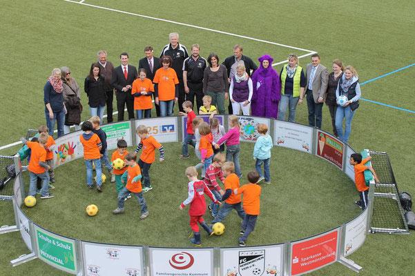 Erste Spielrunde auf dem Rasen des FC Nordkirchen. (Foto: Antje Pflips)