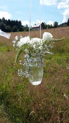 Freie Trauung Blumendekoration