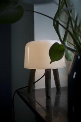 Lampada da tavolo Milk